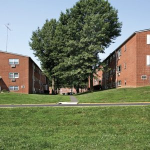 Dorilyn Terrace Apartments For Rent in Langhorne, PA Courtyard